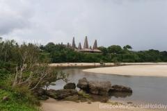 sumba-rotenggaro-village-from-the-beach